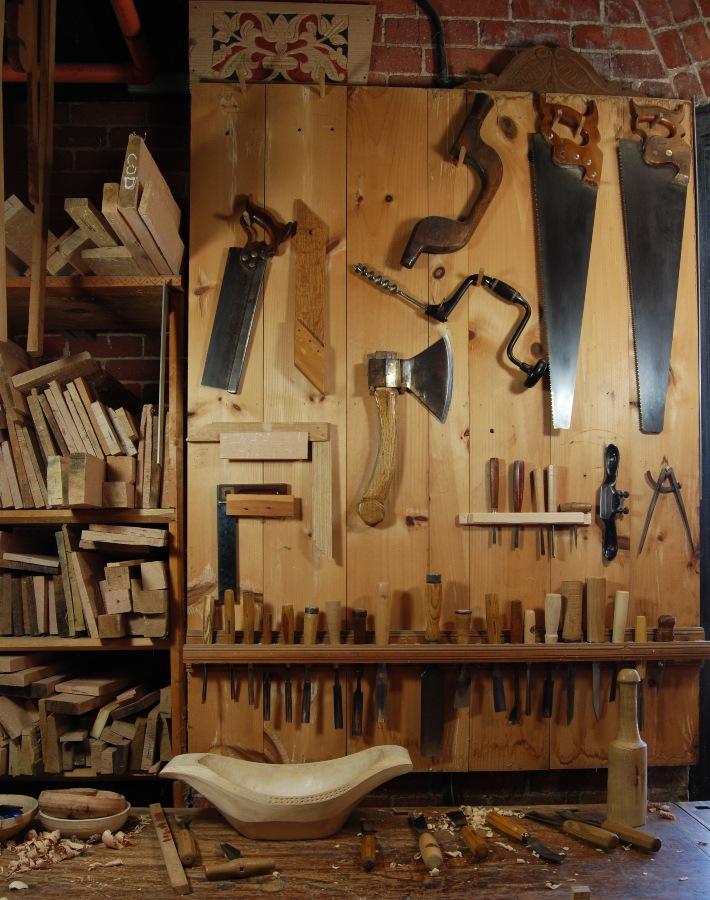Lem kayu dan lem hpl Crona - Woodworking Tools
